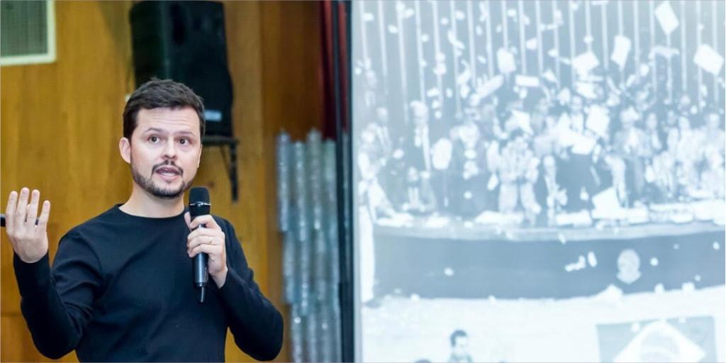 """""""É preciso nascer uma nova florada de políticos"""", afirma Humberto Laudares"""