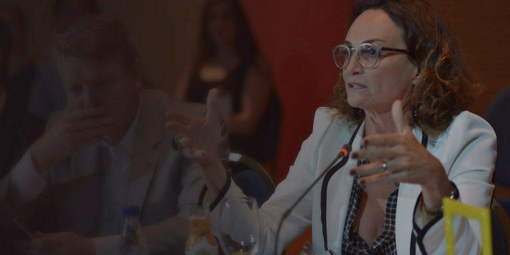 """Para Elena Landau, previdência tem que """"puxar a fila"""" das reformas"""