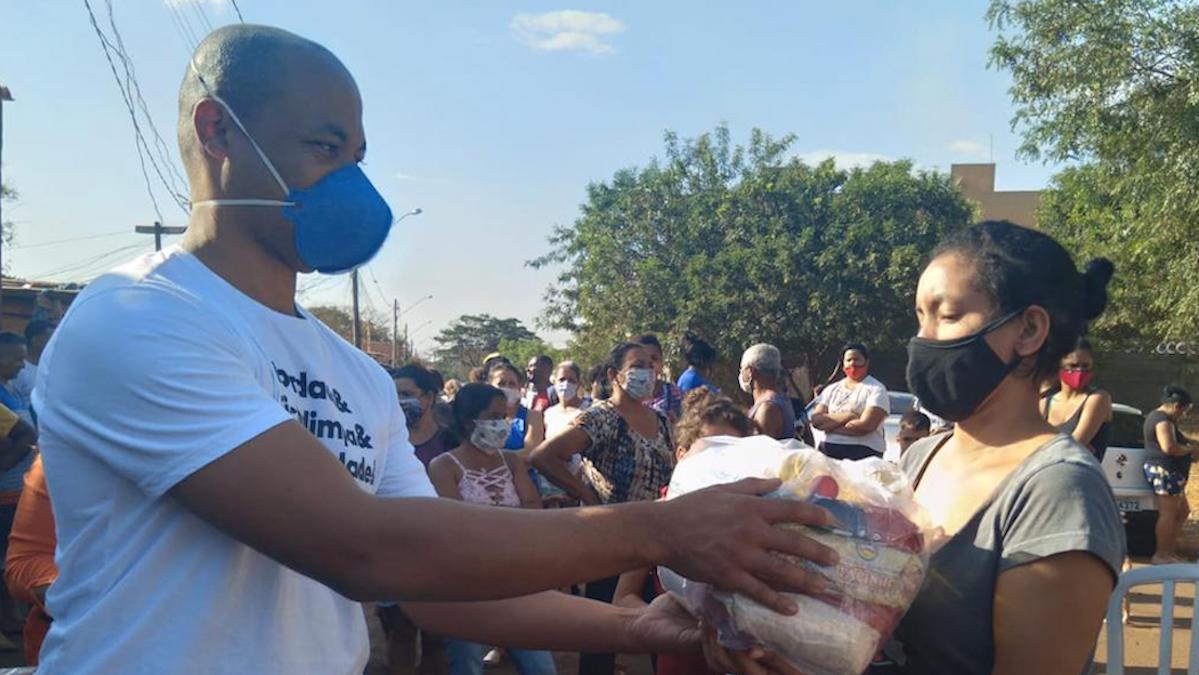 #ApoieUmaFamília ajuda 90 famílias em ação em Ribeirão Preto (SP)